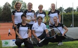 Optisch waren sie ganz weit vorn: Unsere Damen 30 mit Sabine Lindenau (h. v.l.), Jutta Strehl, Jutta Hoberg Sarah Trommler sowie Sandra Theiß (v. v.l.), Janine Rudolph und Sandra Warmbold.