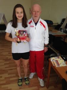 S. Tihomirnova und Turnierleiter Wilhelm Holz (2)