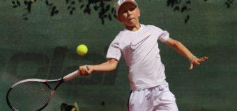 Felix Neumeister misst sich mit internationaler Konkurrenz beim TE-Turnier in Regensburg